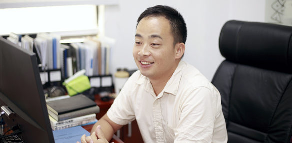 Always True to the heart and Forever Young ——An interview with Hui Deng, assistant professor from the Department of Mechanical and Energy Engineering, South University of Science and Technology